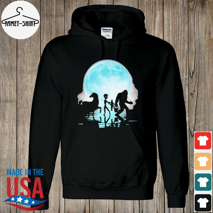 Official Bigfoot goes fishing with alien and unicorn mom s hoodie